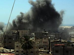 Hamas İsrail'in havaalanını vurdu