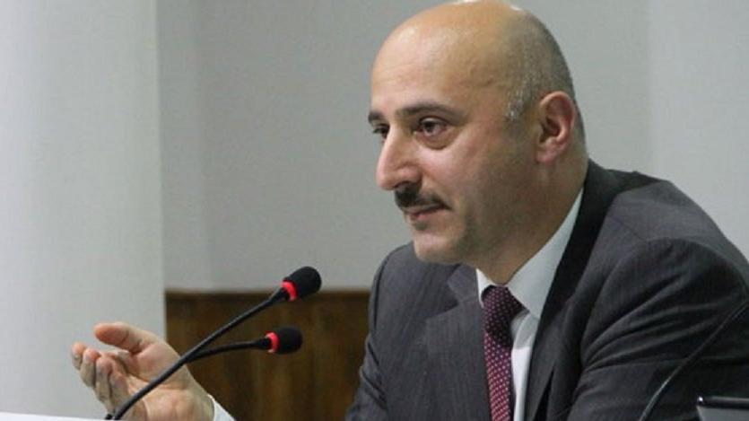 Hazine ve Maliye Bakan Yardımcısı Şakir Ercan Gül ikinci maaşı Euro olarak alıyor