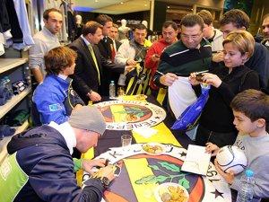 Fenerbahçeli futbolcular taraftarla buluşacak