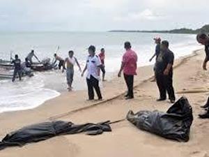 Malezya'da tekne battı: 3 ölü, 8 kayıp