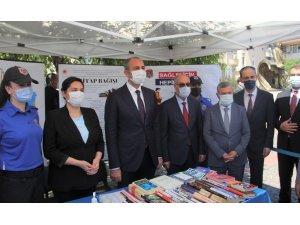"""Sinop'ta """"Bir Kitap Bir Umut"""" kampanyasına 1180 kitap bağışlandı"""