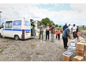 Mustafakemalpaşa'da mevsimlik işçilere özel destek