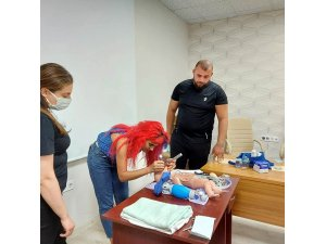 Sağlık çalışanlarına yenidoğan canlandırma eğitimi