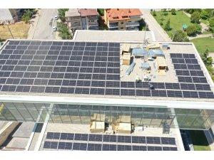 Merkezefendi Belediyesi güneş enerjisiyle kendi elektriğini üretmeye başlıyor