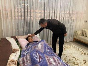 Başkan Ertuğrul Çetin, hasta ziyaretlerini aksatmıyor