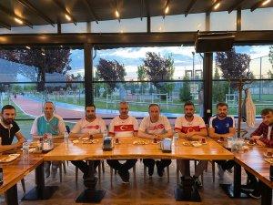 AK Partili Ceylan, gençlerle bir araya geldi