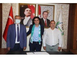 Serik Belediyespor'un yeni teknik direktörü Serhat Gülpınar oldu