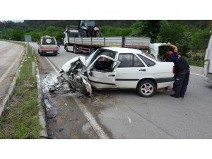 Karabük'te iki otomobil çarpıştı: 7 yaralı