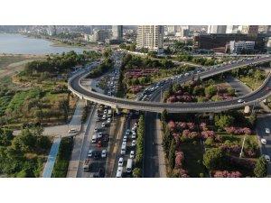 Başkan Soyer'den İzmir trafiğine tepki çeken ilginç çözümü