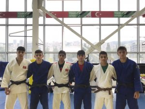 Kağıtsporlu judocular Avrupa arenasında