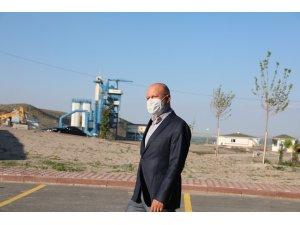 Başkan Çolakbayrakdar en yüksek kapasiteye sahip asfalt plentini inceledi