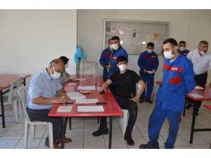 OSB ve sanayi bölgelerinde mobil aşı uygulanıyor