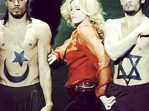 Madonna'nın barış mesajı sosyal medyayı karıştırdı