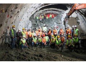 Ordu Çevre Yolu'ndaki 1280 metrelik tünelde ışık görüldü