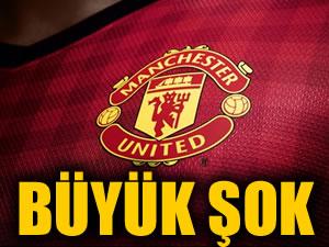 Manchester United'a büyük şok