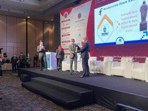 """Büyükşehir'e """"Belediyecilik"""" ödülü"""