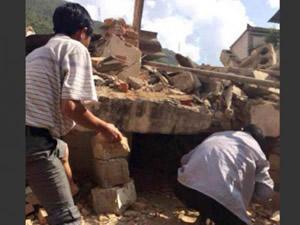 Çin'de deprem faciası: 150 ölü!