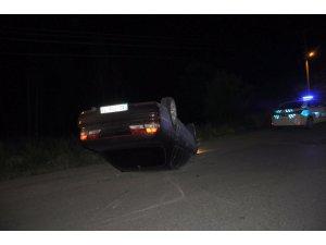 Kontrolden çıkan otomobil üç araca çarptı: 1 yaralı