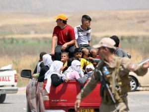 Yezidiler IŞİD'i protesto etti