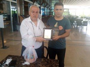 TÜFAD başkan adayı Dağdelen'den Basatemur'a şampiyonluk plaketi