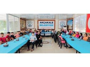 Başkan Yalçınkaya öğrencilerle moral yemeğinde buluştu