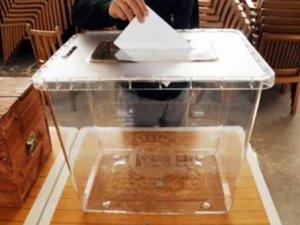 Kullanılan oylar özel uçakla Ankara'ya getirildi
