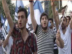 AKP İstanbul İl Merkezi önünde Türkmen eylemi