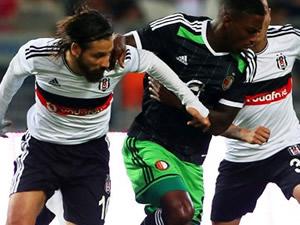 Demba Ba Kara Kartal'ı play-off'a uçurdu