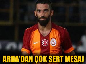 Arda Turan'dan çok sert mesaj!