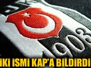 Beşiktaş iki ismi birden KAP'a bildirdi