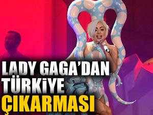 Lady Gaga ordusu ile geliyor!
