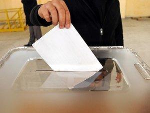 Cumhurbaşkanlık seçimi için halk sandık başında