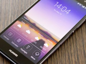 Safir ekranlı akıllı telefon geliyor!