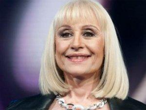 Ünlü İtalyan şarkıcı Raffaella Carra hayatını kaybetti