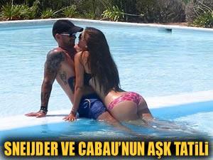 Sneijder ve Yolanthe'nin aşk tatili