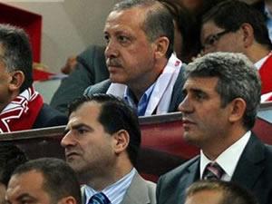 AK Parti'nin olağanüstü kongresine Gül'de davet edildi