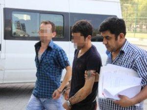 Samsun'da bir kişi annesini elinden yaraladı!