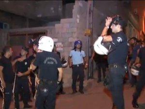 Suriyelilere tepkili vatandaşlar polisle çatıştı