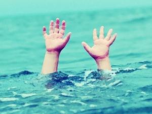 İki kardeş denizde boğuldu