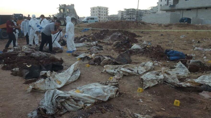 Afrin'de toplu mezar dehşeti! Manzara tüyler ürpertti