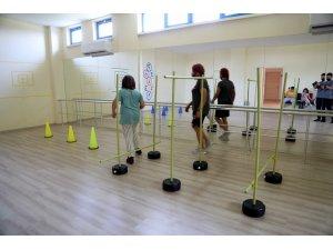 Engelli bireylerin kişisel gelişimi için açılan 'engelsiz kurslar' başladı