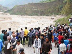 Nepal'de şiddetli yağış: 54 ölü!