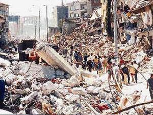 17 Ağustos depreminin üstünden 15 yıl geçti