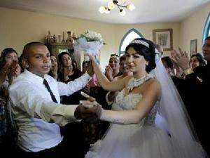 Savaşın ortasında İsrail-Filistin düğünü!