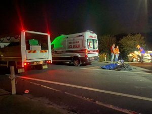 Zincirleme trafik kazasında aynı aileden 4 kişi hayatını kaybetti