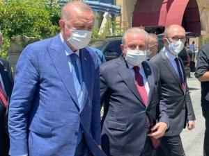 """Anadolu Üniversitesi Rektörü Erdal: """"KKTC'li kardeşlerimin birliğinin, beraberliğinin daim olmasını diliyorum"""""""