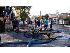 Belediye ekipleri atık su hattında yaşanan soruna anında müdahale etti