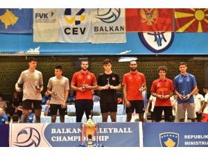 U18 Voleybol Erkek Milli Takımı, U20 Balkan Şampiyonası'ndan gümüş madalya ile dönüyor