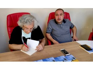 Osmaniyeli doktor 43 yıllık meslek hayatını kitaplaştırdı