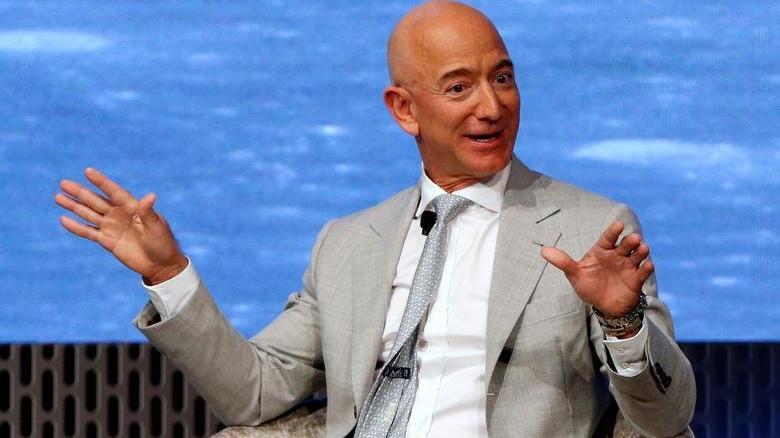Jeff Bezos'tan NASA'ya 2 milyar dolarlık teklif